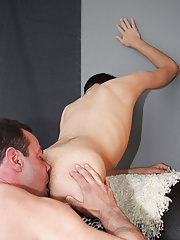 Mr. Manchester ends up fucking that boy-hole all over his office previous to driving the cum right out of Scott as they fuck on the couch anal dildo g