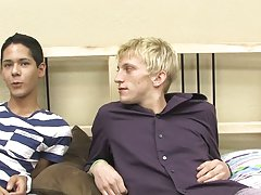 Pics boys emo gay free and cute handsome hunk with nice long cocks picture at Boy Crush!