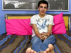 Conner Bradley's a handsome youthful dude of 18 years, come to Phoenix from the gayest town in the world: San Francisco free gay naked twinks mov