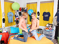 Business twink sexy man and twink gay rosebud