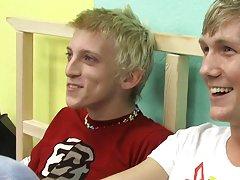 Ian gives Hayden a big Boycrush welcome gay big dick twink at Boy Crush!