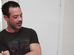 Free gay hardcore fucking video clips and free hardcore gays at Bang Me Sugar Daddy