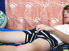 Ass fucking boys tubes and put sharp pole in ass with free porn at Boy Crush!