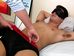Markus comes to us from Los Angeles.  He loves to get jerked off and have his taint massaged.