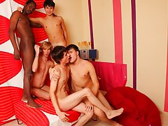 Group sex guy and online gay foot toe fisting groups at Crazy Party Boys