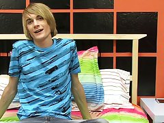 Young teen gay cute blowjobs free pics and horny executive at Boy Crush!