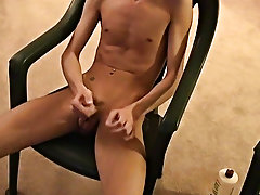Porn images of gay twink bubble asses and nude cut males - at Boy Feast!