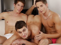 Smooth sexy bottom twinks boys and twink trailer porn at Staxus