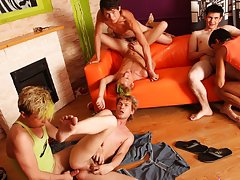 Gay travel in group and gays in group sex at Crazy Party Boys
