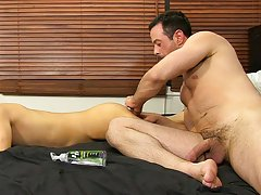 Free video clips gay hardcore and hardcore spanking men at Bang Me Sugar Daddy