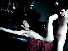 Ebony twink nude pics and old man giving twink reach around pics - Gay Twinks Vampires Saga!