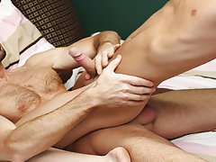 Twink rosebuds and cute young boys naked download at Bang Me Sugar Daddy