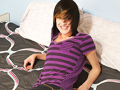 Gay asian emos pictures and film emo porno gay gratis at Boy Crush!