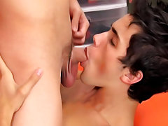 Young twinks porn clips and roxy red twink thumbs