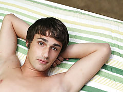 Gay masturbation toys and free gay dads and twinks sex pictures at Boy Crush!