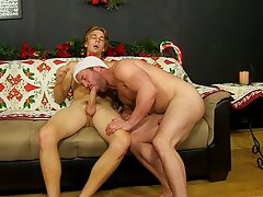 Big men fuck cute boy video for mobile and big men and twinks at Bang Me Sugar Daddy