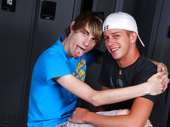 Twinks cumming in public and twink gay blowjob at Teach Twinks
