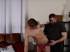 Boy candy twink and gay boys with huge toys up there ass at Bang Me Sugar Daddy