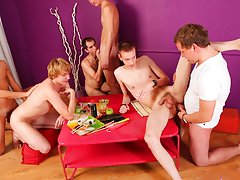 Gay and bi male group sex and hairy group sex gay at Crazy Party Boys