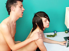 Guy kissing in the toilet and gay teens kissing gallery at Boy Crush!