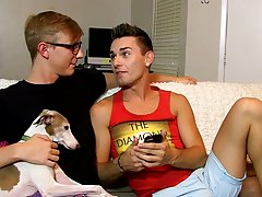 Gay twinks in the shower and gay twink free video clips