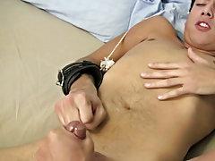Pilipino man masturbating and muscle men masturbation video free