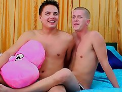 Bareback twink and gay male anal temperature - at Real Gay Couples!