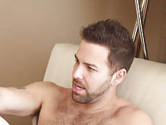 Hard core deep gay first time anal galleries and old men jerking off and then suck at Bang Me Sugar Daddy