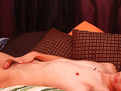 Rent sex gay twink and pics of gay old guys with twinks at Boy Crush!