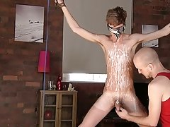 Hung men sucking hung hung guys and gay ethnic old men - Boy Napped!