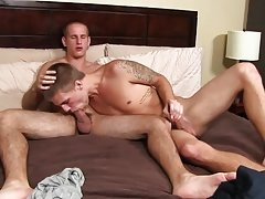 Apolis twinks and twink bend over in panties