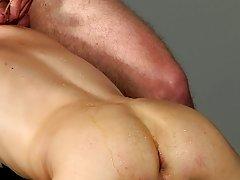 Indian gay masturbation photos and hand in ass sex photos - Boy Napped!