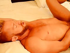 Chinese gay and full sex fucking photos and muscular men sex at My Gay Boss