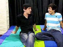 Free gay twinks first fuck and gay male masturbation first time stories at Boy Crush!