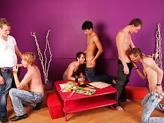 Craiglist gay circle jerk groups la ca and gay fisting groups at Crazy Party Boys