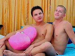 Barely legal twink penis pics and mobile young gay first time - at Real Gay Couples!