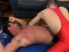 Muscle chinese gay sex photo and male muscle young boys sex video