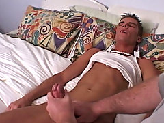 I forced to comprise been doing something right-hand because as he was getting closer to cumming, he started to shift around a lot as I continuously h