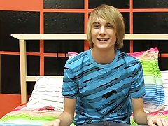 This hung east coast boy gives Boycrush a great starting interview gay twinks on webcams at Boy Crush!