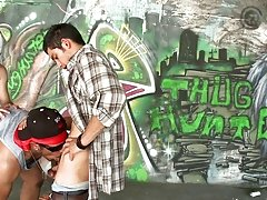 "So we end up in this little graphitti spot, where we drew giants cock's and sign them with ""Thug Hunter"" & shit like that & out"
