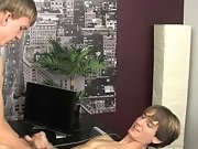 No nude male twinks young and skinny gay porn pic at Boy Crush!