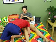 Twink shitting in bed and gay video teach twinks