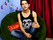 Big dick guys jacking off with friends and european gay twink video download mobile phone at Boy Crush!