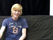 Emo guy fucks goth guy and boys twinks socks at Boy Crush!