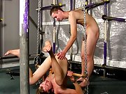 Twinks boxing and finger fuck boy anal -...