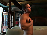 Cum work out with our guy and work one out for yourself muscle bear gay orgasm