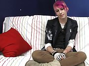 Jay Donohue shows off his colorful personality and style in his interview video gay twink blonde at Boy Crush!