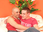 A couple of hot Euro gay lads sucking cocks, assfucking and swapping hot cum mouth to mouth